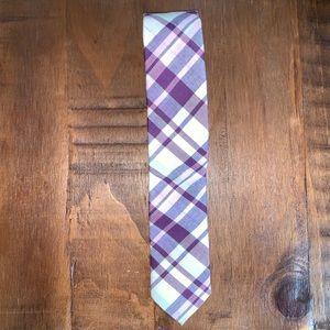 UNIQLO Plaid print to skinny tie